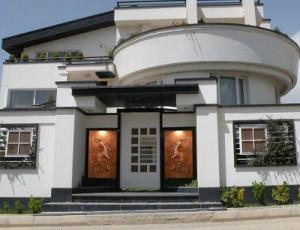 نمای-سفالی-ساختمان-تابلو-نقش-برجسته